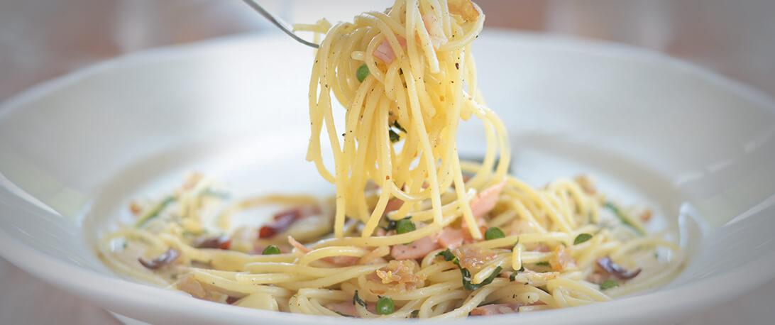 spoiltpig - Gammon recipe - Pea bacon spaghetti