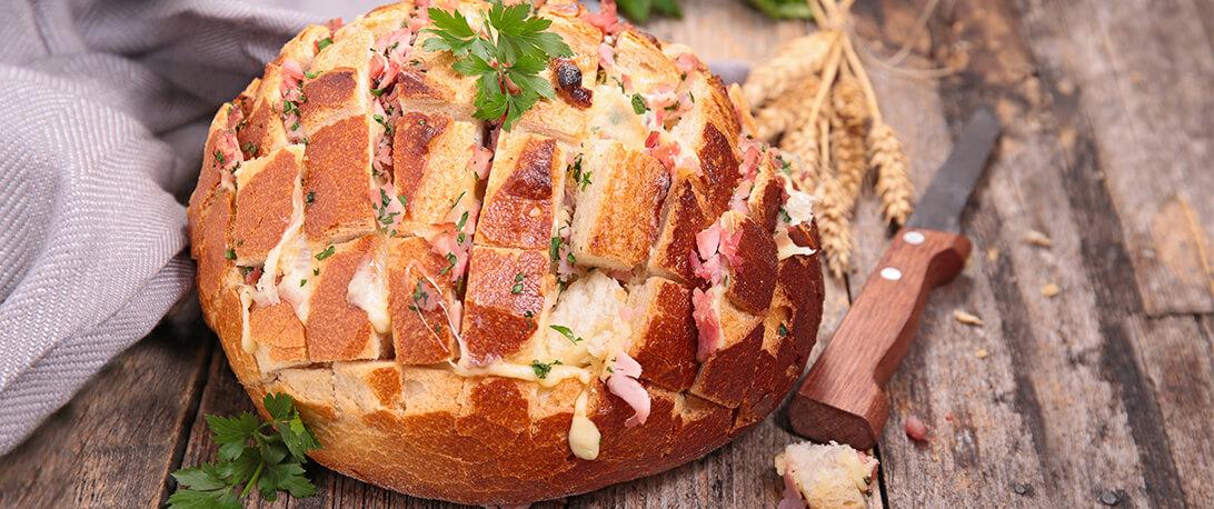 spoiltpig - Gammon recipe - Bacon, cheese and onion share bread
